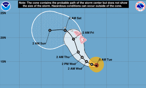 Map projecting northwest path of hurricane toward Hawaii